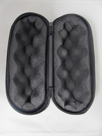 9 hard pipe case w padded interior zipper. Black Bedroom Furniture Sets. Home Design Ideas